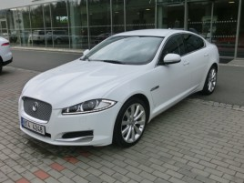 Jaguar - XE '18 4 dv. sedan